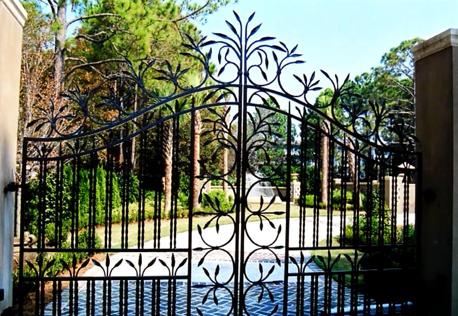Wrought Iron Gates on Modern Main Gate Design