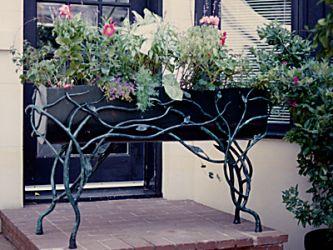 Garden-Vine-Planter.jpg