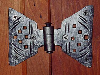 door-hinges.jpg
